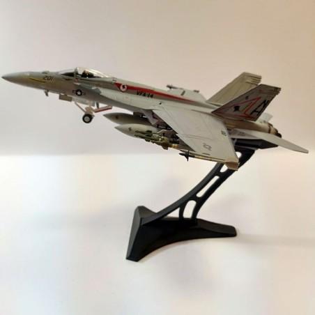 Dragon Models 1:72 Warbirds 50194 McDonnell Douglas F/A-18E Super Hornet Diecast Model USN VFA-14 Tophatters, NH201, USS Nimitz
